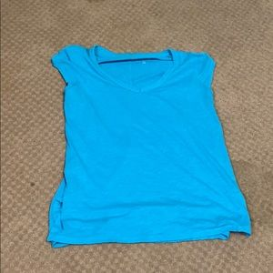 Turquoise scoop neck short sleeve tee